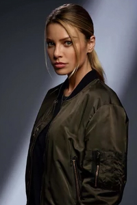 Лорен Джерман Lauren German - Хлоя Декер